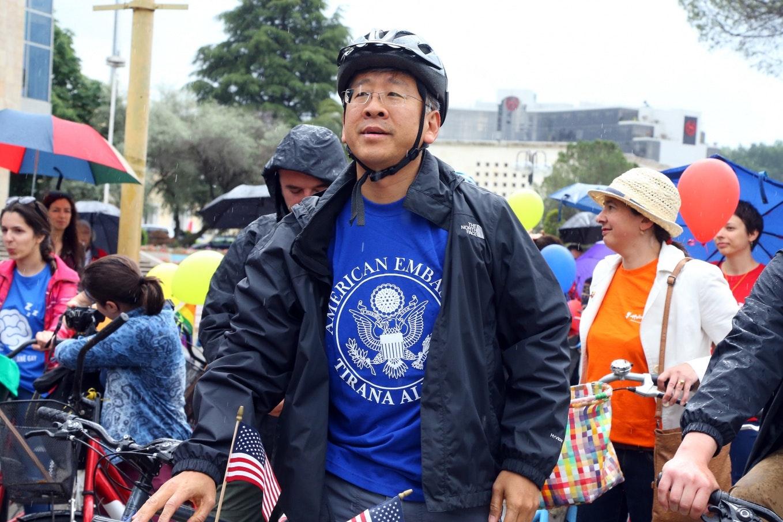 Donald Lu wearing a bicycle helmet