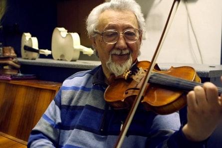 Man playing a violin