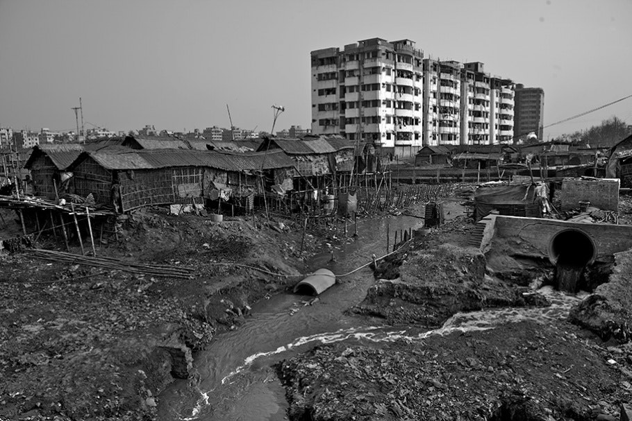 buriganga river pollution by tannery industry The buriganga river a group of environmentalists attempted to form a river patrolling team to save the buriganga and other rivers from extreme pollution.