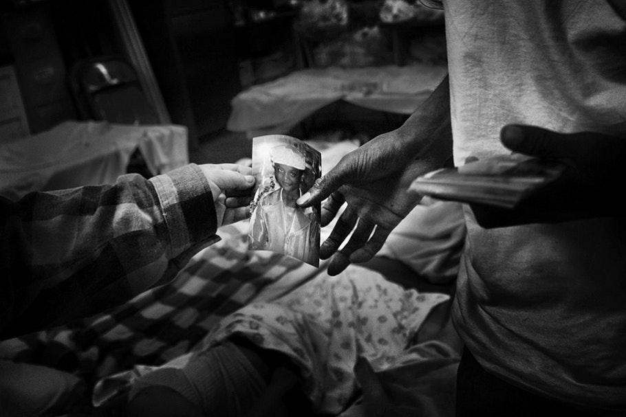 Hands with snapshot.