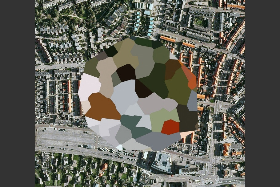 Google Earth image of landscape with colored, polygon pattern in center