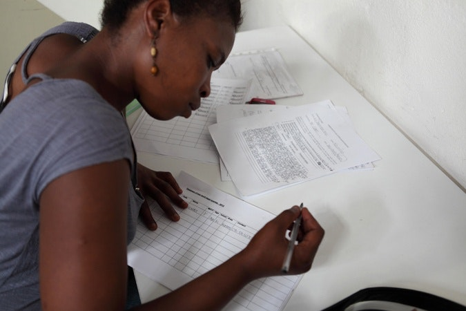 woman filling out a form