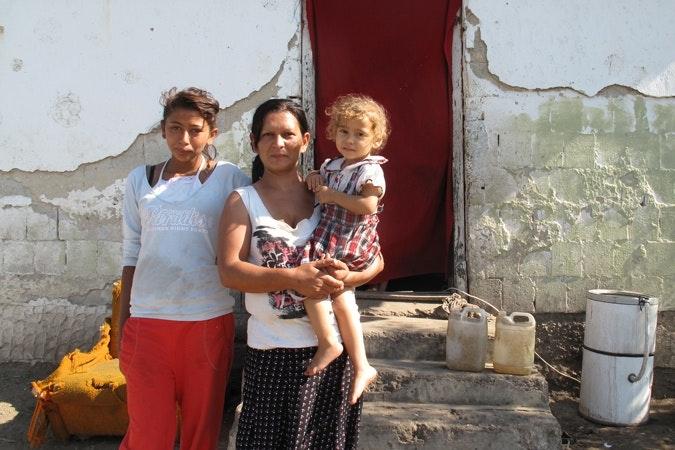 A Roma family